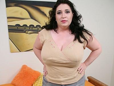 Bbw Dominique has cock on tits