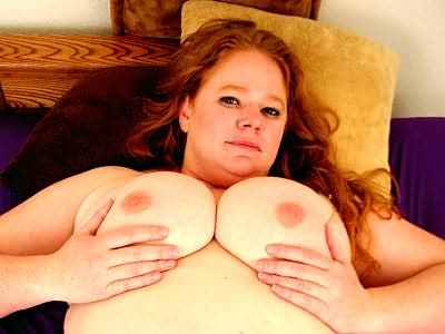 Bbw slut Red Rose lets fat out